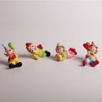 4 CLOWNS FIGURINES 4 CM