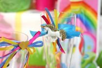 Table Anniversaire Licorne Multicolore