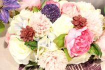 Table rose et violet Clématites