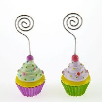 2 MARQUE PLACES CUP CAKE