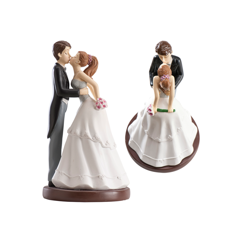 figurine mariage 16cm le baiser. Black Bedroom Furniture Sets. Home Design Ideas
